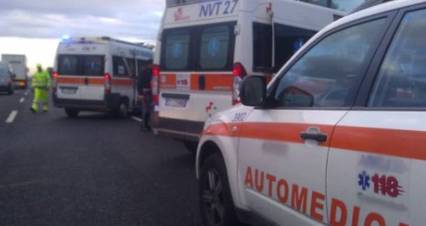 Incidente mortale, traffico rallentato