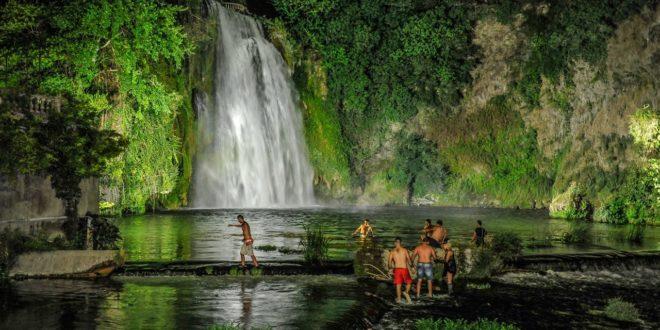 Costume e asciugamano a isola del liri si fa il bagno for Ibiza a maggio si fa il bagno
