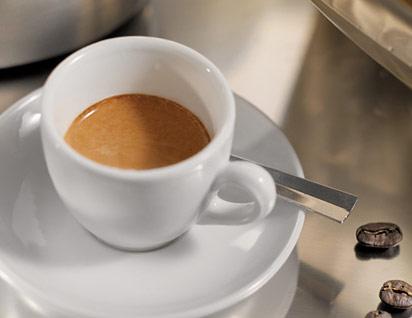 Prezzo caffè al bar, a Torino il più caro d'Italia