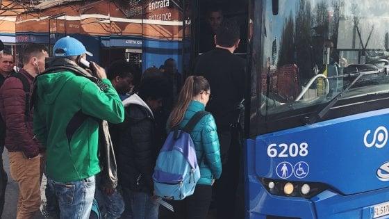 """Studenti ciociari contro il Cotral-""""Entriamo tardi a scuola"""""""