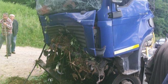 Autocarro si ribalta, tragedia in Ciociaria