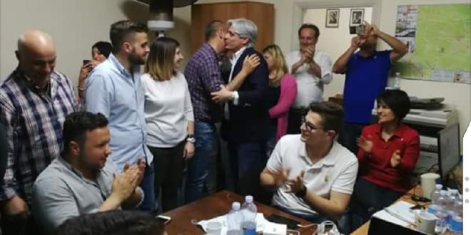 """Pompeo confermato sindaco-""""La bella storia continua"""""""