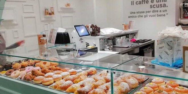 Nuova caffetteria a Frosinone, cappuccino alta qualità
