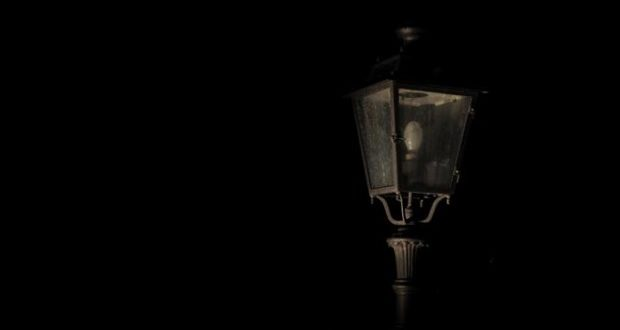 """Allarme sicurezza-""""Accendete i lampioni durante le feste di Natale"""""""
