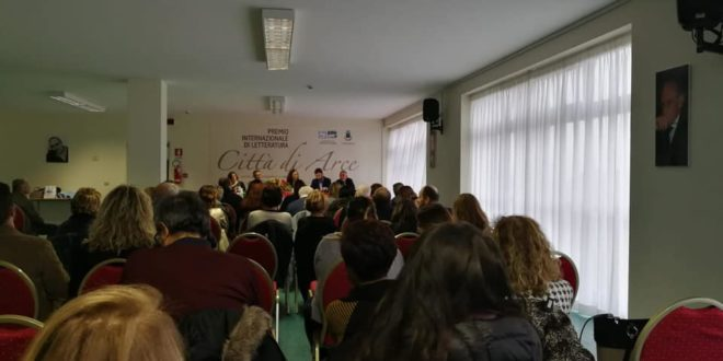 """""""Piazza Grande Donne"""" in Ciociaria, spopola l'iniziativa di Sara Battisti"""