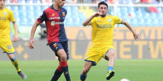 Calcio, Frosinone pareggia a Genova